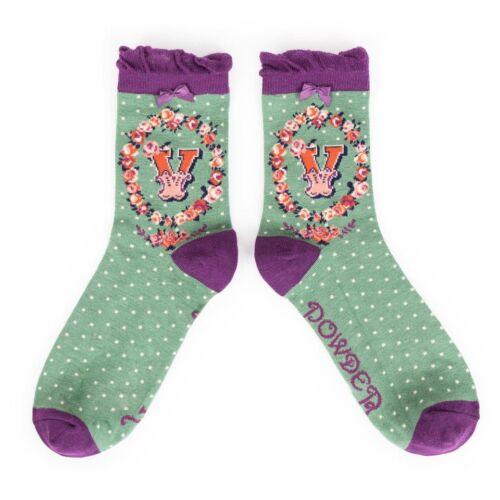 powder alphabet ankle socks letter v