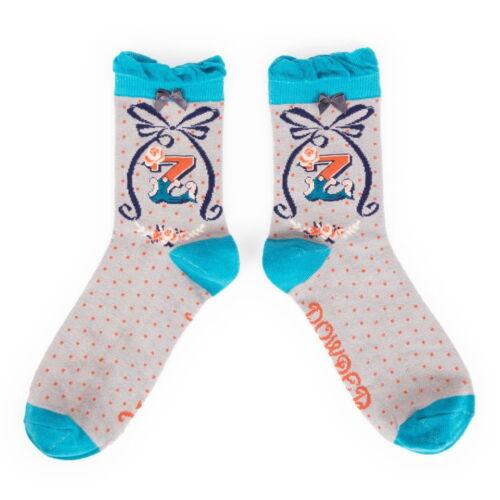 powder ankle socks letter z detail