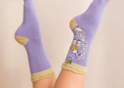 Powder Alphabet socks N