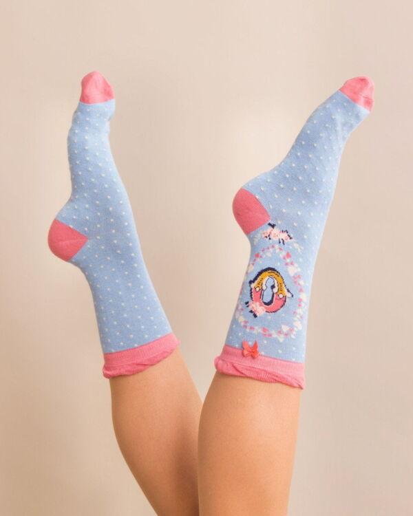 Powder Alphabet socks O