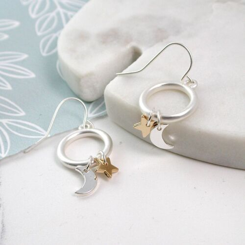Silver Plted Star And Moon Earrings